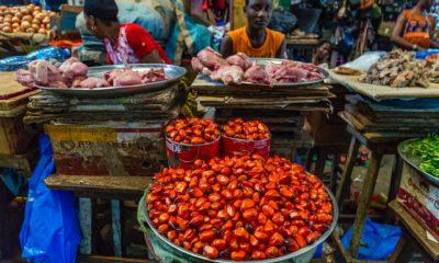 COVID-19 lockdowns threaten Africa's vital informal urban food trade