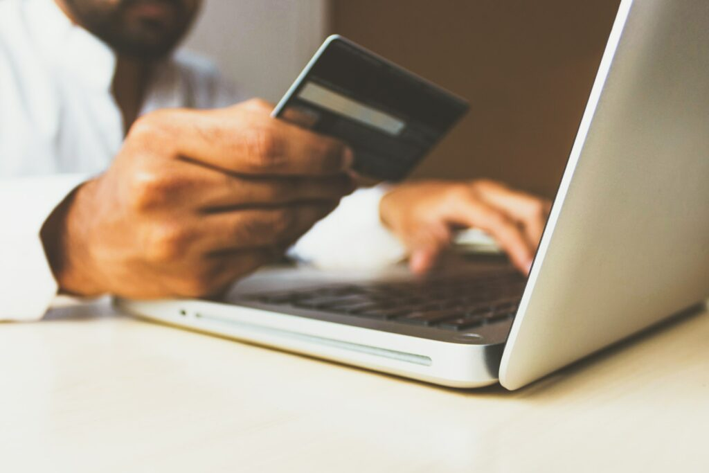 Global Digital Payments Market to Grow by 23.7% in 2021 to $4.9 Trillion