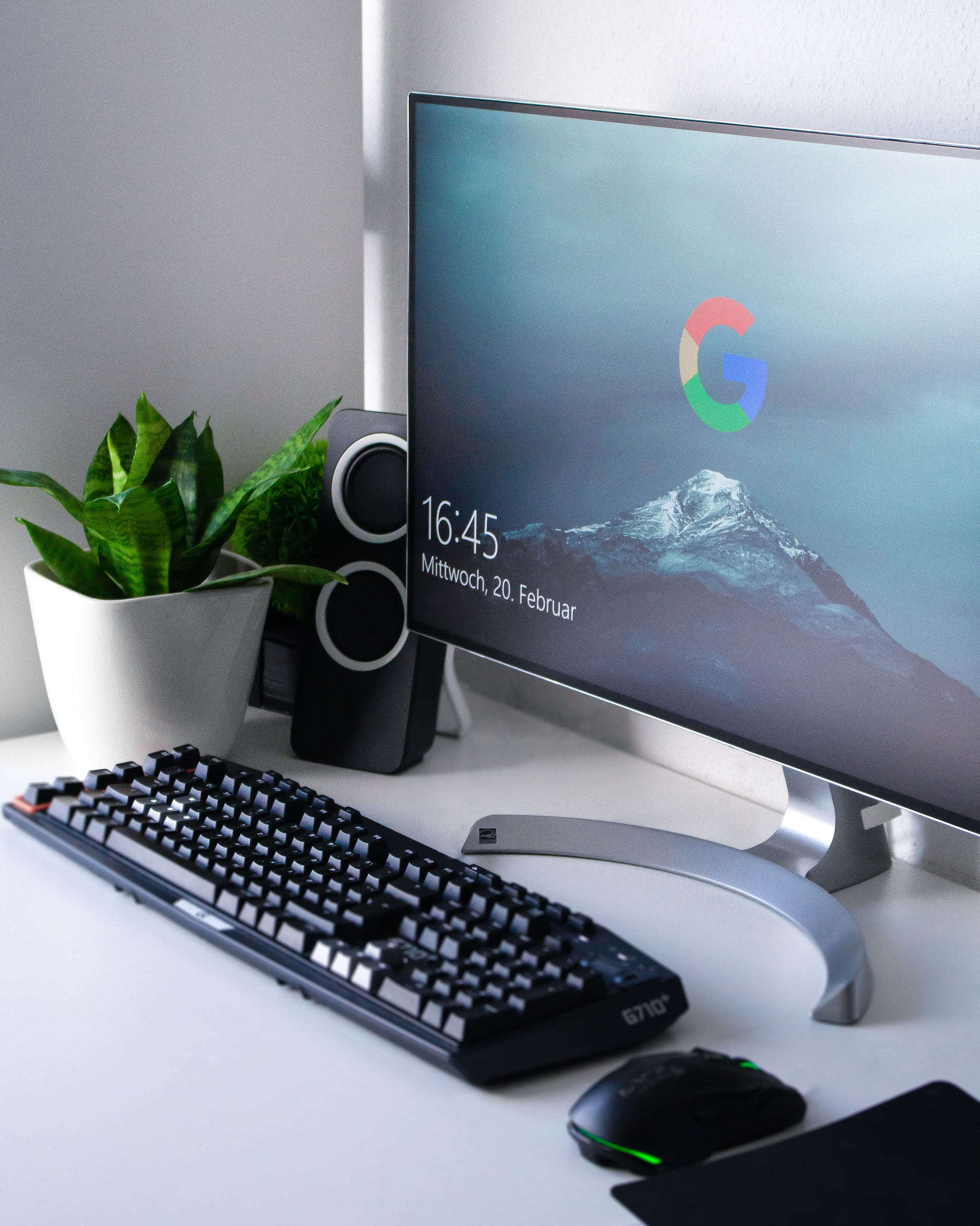 Worldwide PC Shipments Grew 10.7% in Q4 of 2020 and 4.8% for the Year