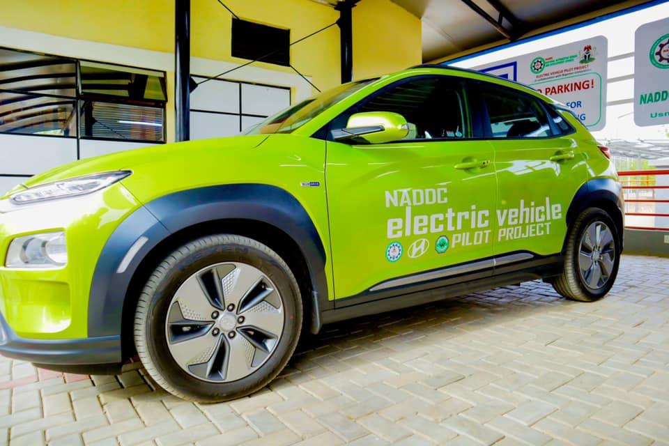 Jelani Aliyu, DG NADDC Commissions First Solar Powered Electric Vehicle Charging Station (Photos) Brandnewsday8